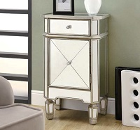 I-3702 Mirrored Night Table