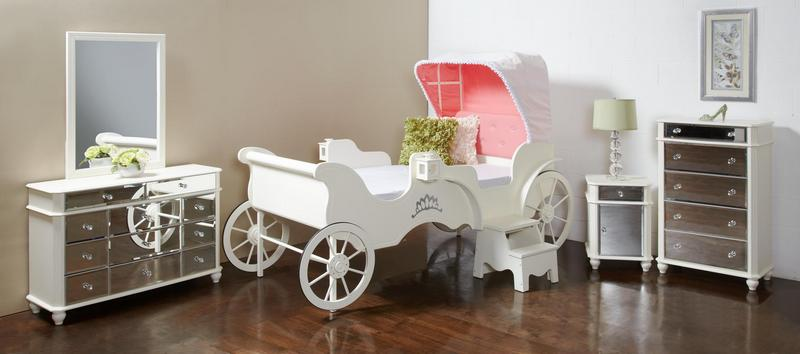 CHA 389 Princess Carriage Bed
