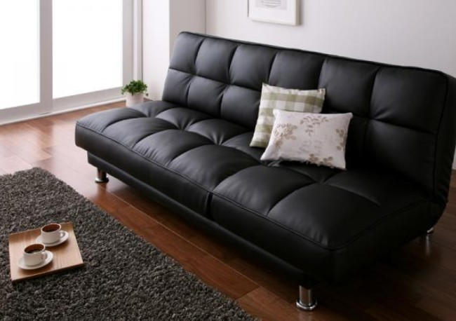 SAN Lucy Black Sectional