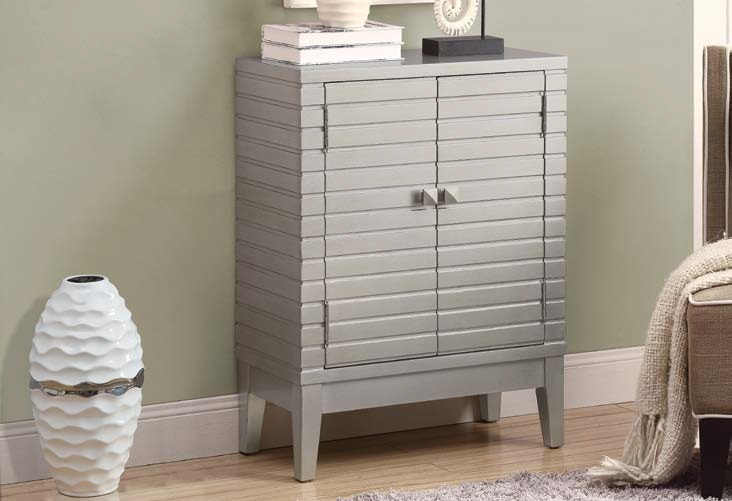 I3832 Bombay Chest