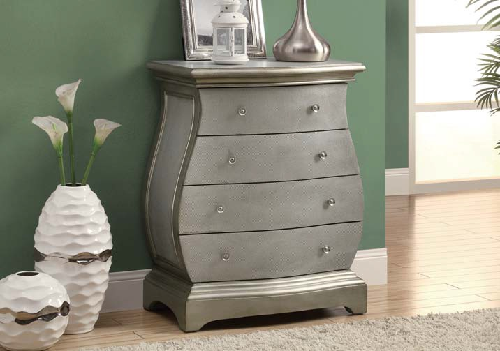 I3892 Bombay Chest