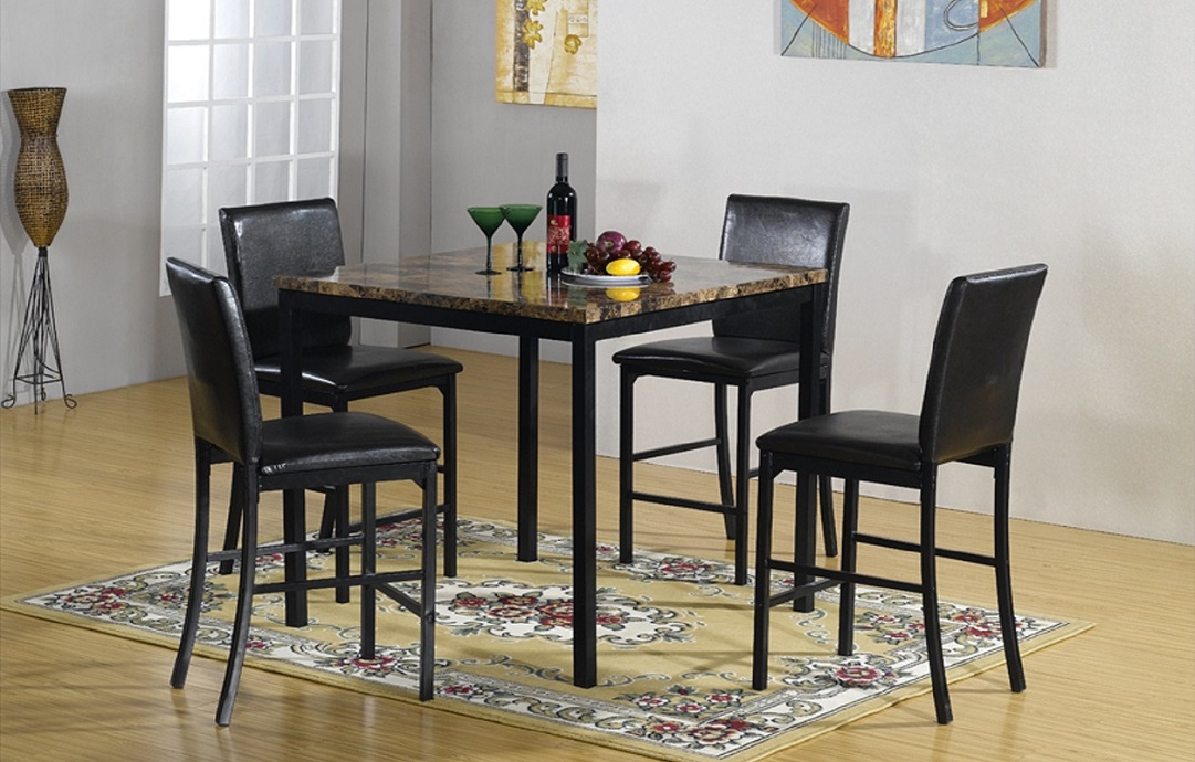 R3202 Dining Table