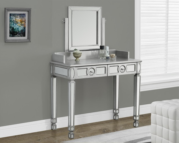I3711 Mirrored Console Table Furtado Furniture