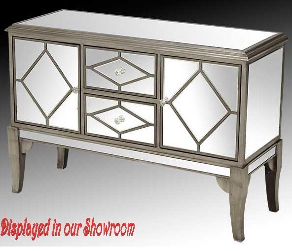 MirroredChest-MFU-006-Floor