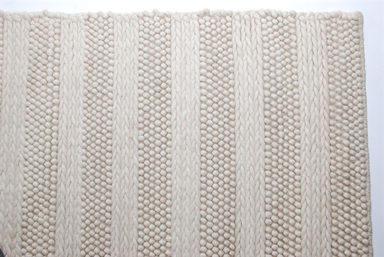 RUGS & CARPETS-MDS-30-215
